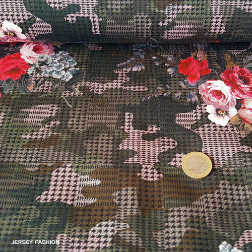 "Stretch Baumwollstoff ""Camouflage Rose"""