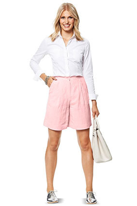 Burda Style sewing pattern 6812C-DL | Linen shorts